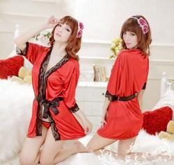 Bộ đồ ngủ sexy đỏ viền ren đen