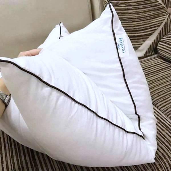 Gối Khách Sạn Hilton (750 gram)