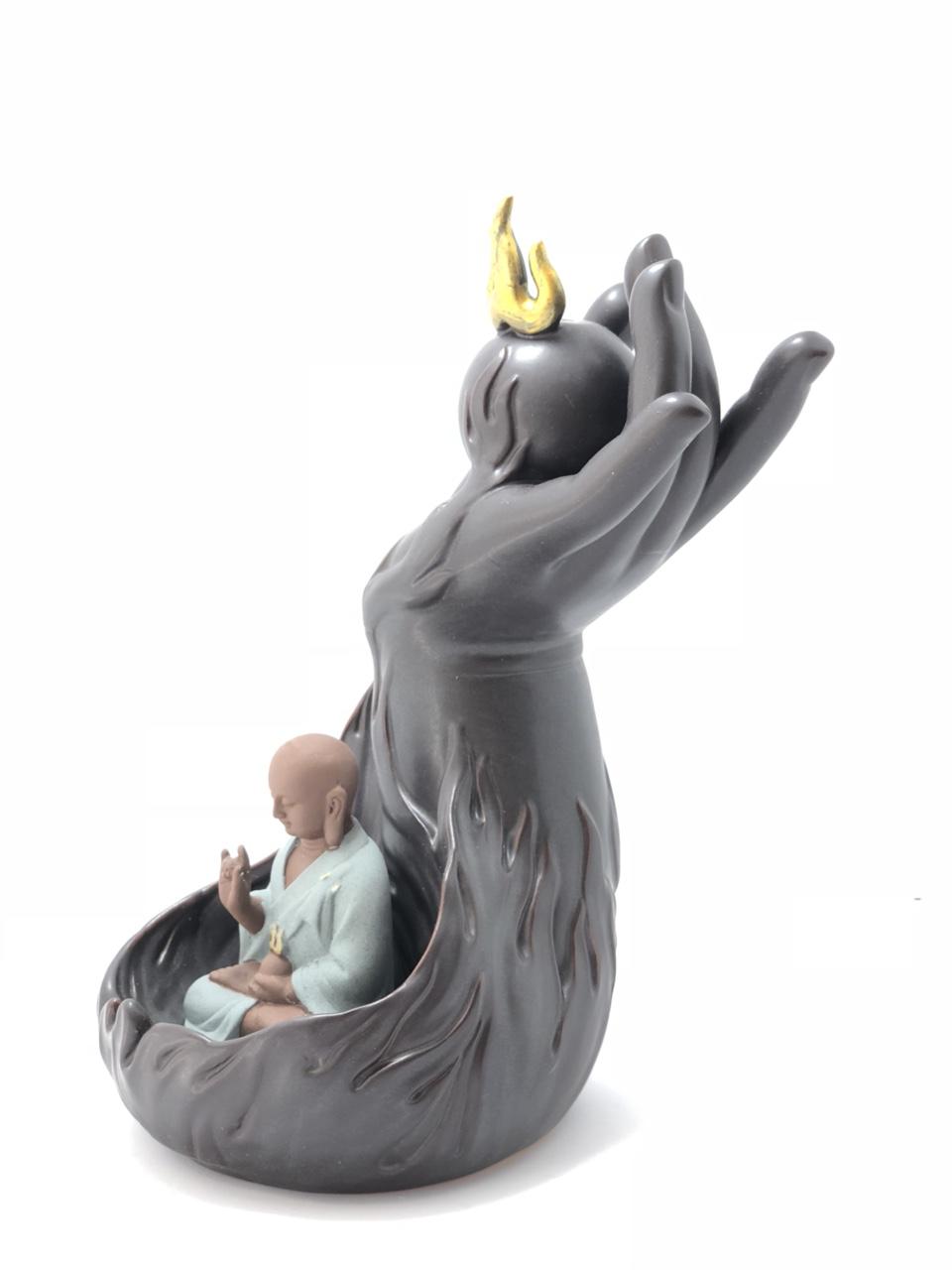 Thác Khói Trầm Hương Phật quả cầu lửa