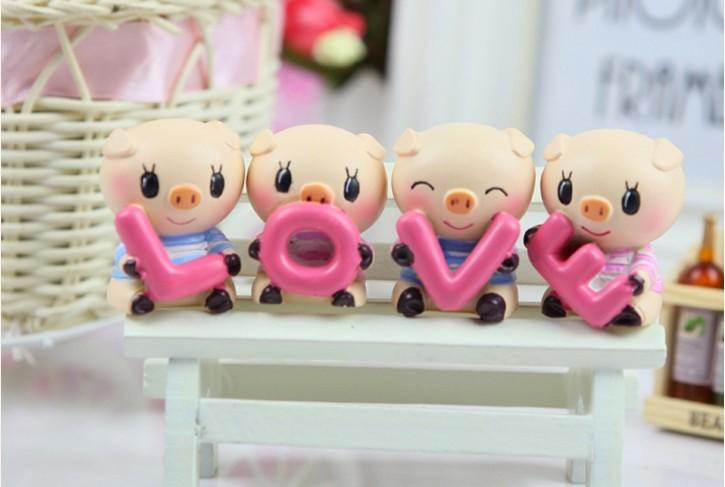 Bộ 4 Tượng Heo LOVE