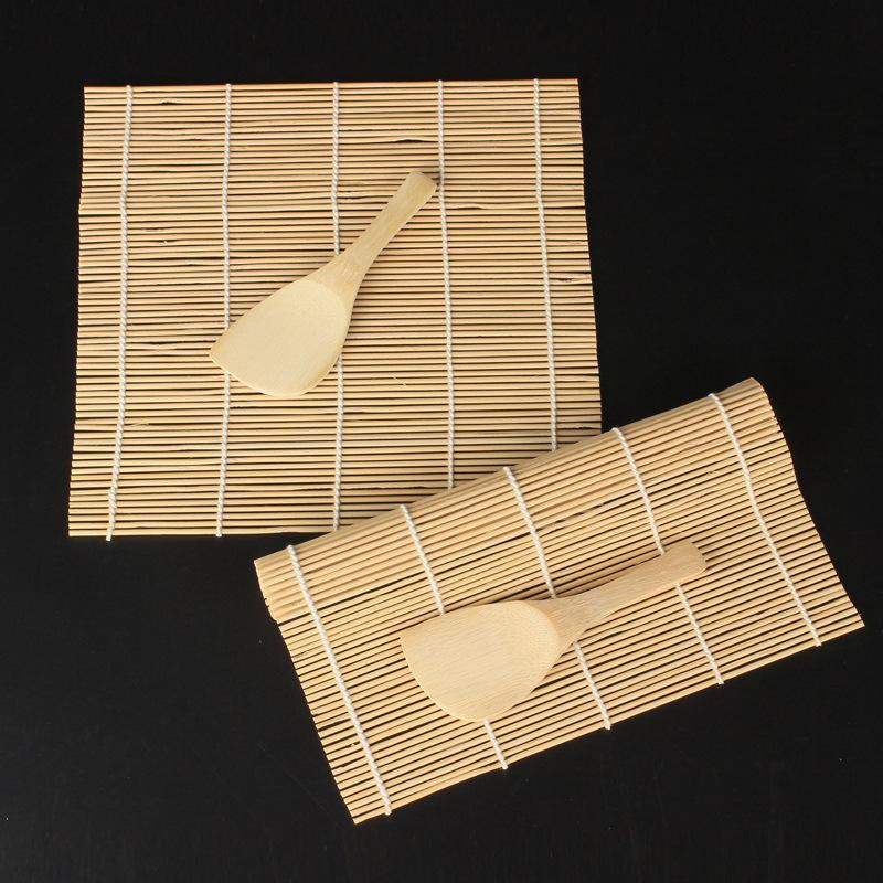Dụng cụ cuộn sushi bằng gỗ