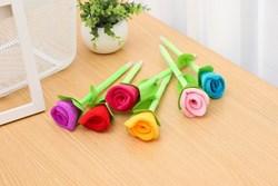 Bút bi hoa hồng