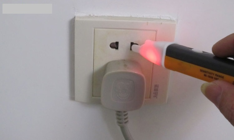 Bút thử điện loại rẻ