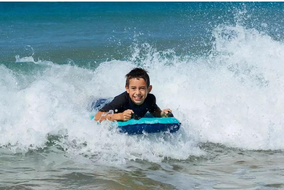 Phao tập bơi, lướt sóng cho bé