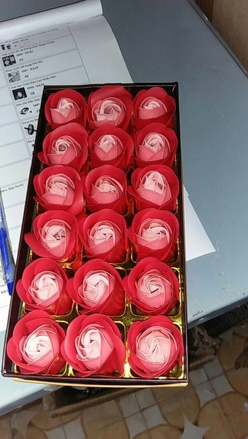 đóa hoa hồng 18 bông