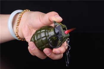 Bật lửa hình lựu đạn lớn