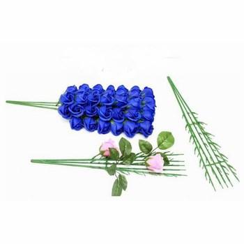 Thân cây cắm 99 hoa