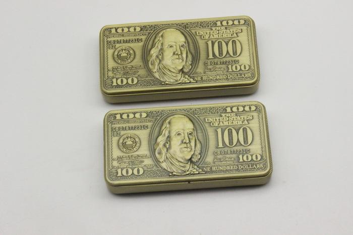 Bật lửa hình tiền đô