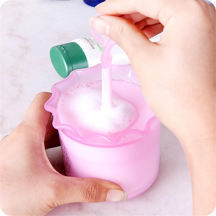 Hộp tạo bọt cho xà phòng, sữa rữa mặt