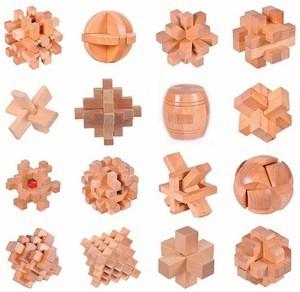 Đồ chơi bằng gỗ Khóa Luban
