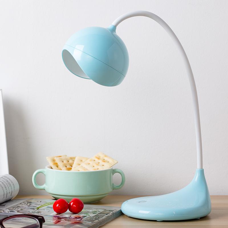 Đèn led để bàn bảo vệ mắt