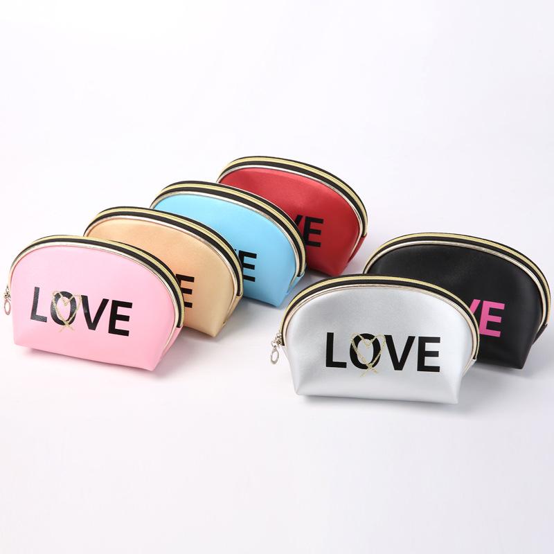 Ví đựng mỹ phẩm chữ love (nhiều màu)