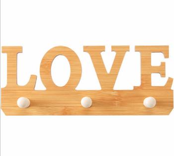 Móc treo sản phẩm hình love (loại nhỏ 3 móc)