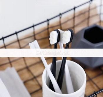Bàn chải đánh răng Nhật bản