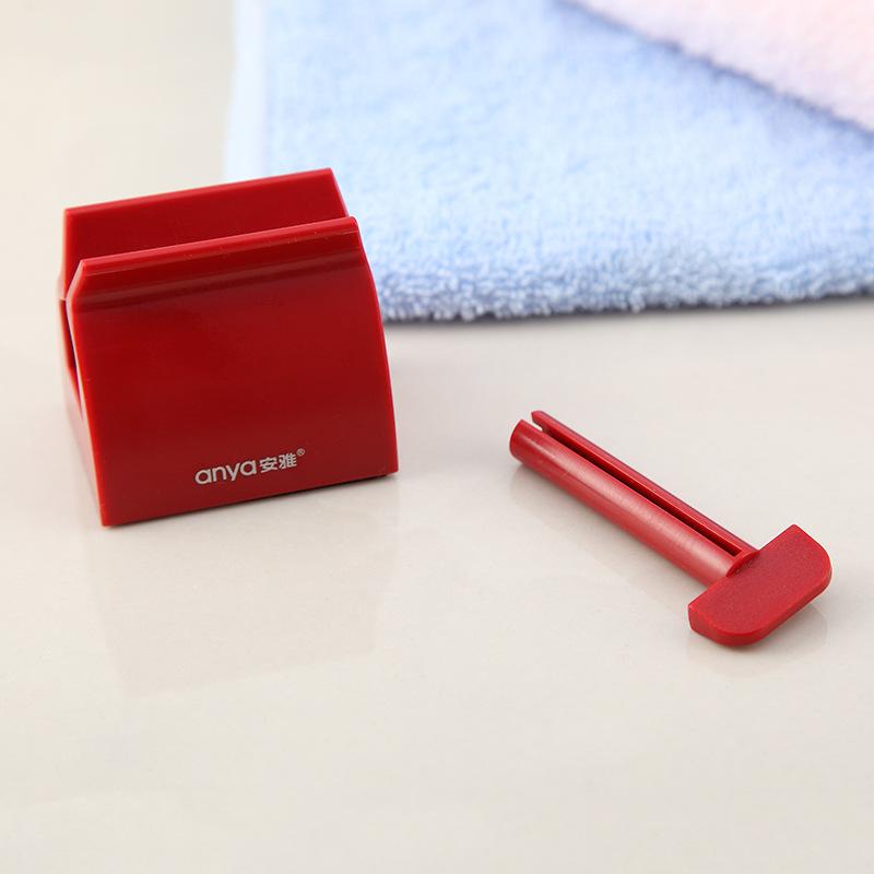 Dụng cụ kẹp kem đánh răng Anya D897 5x5.8x4.1cm