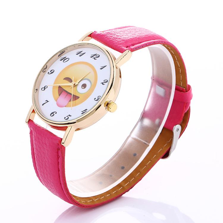 Đồng hồ đeo tay hình mặt cười