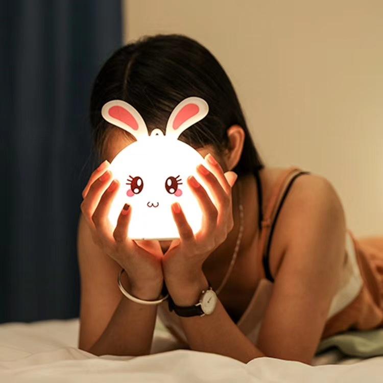 Dèn ngủ hình thỏ dễ thương