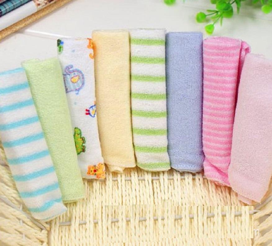 Combo 8 khăn cotton cho bé 22x22cm