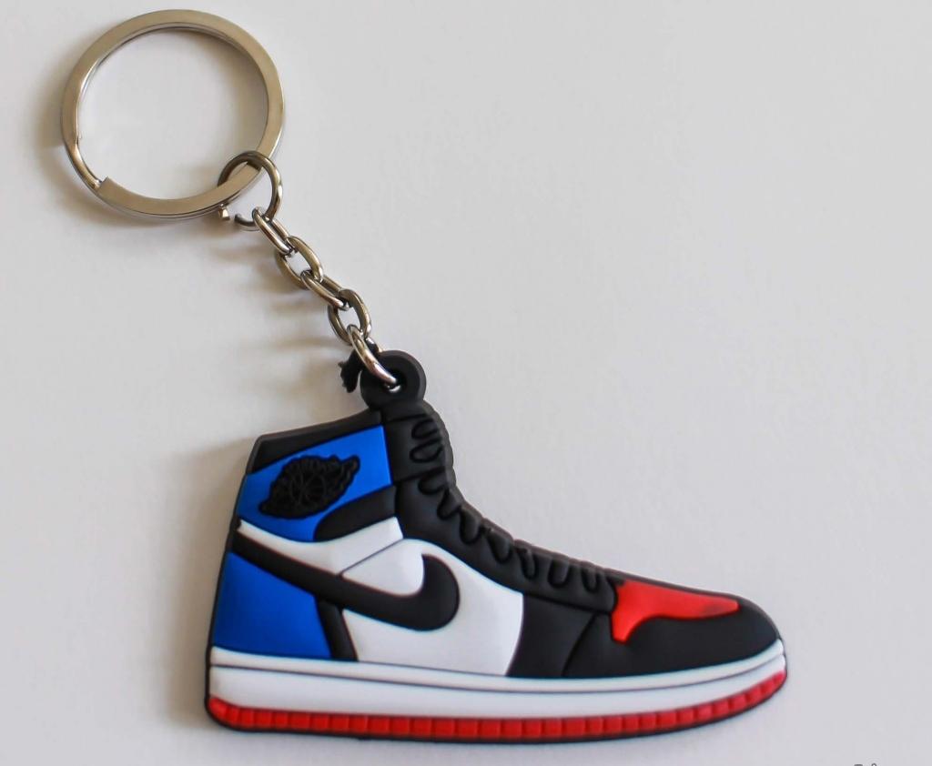 Móc khóa hình giày thể thao
