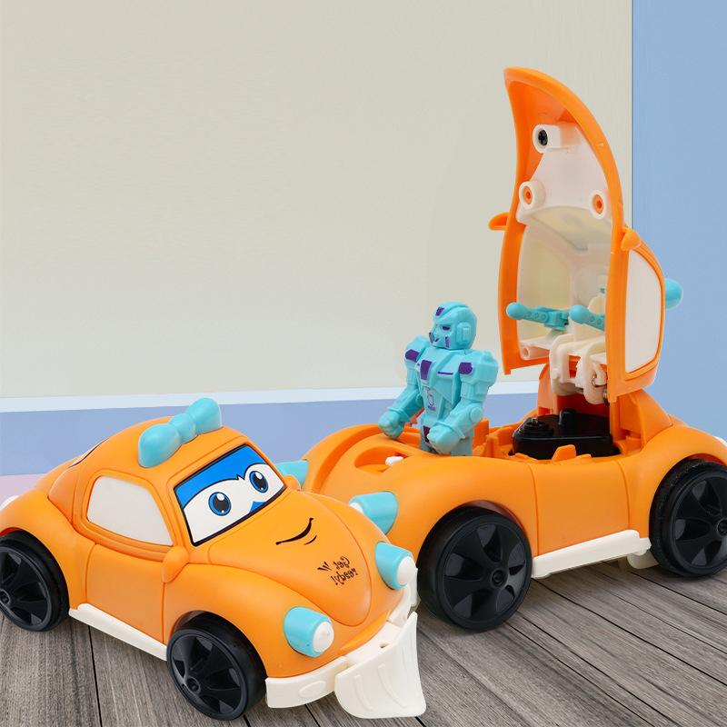 Xe hơi đồ chơi biến hình