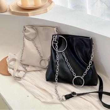 Túi xách đeo vai da pu dây đeo cá tính