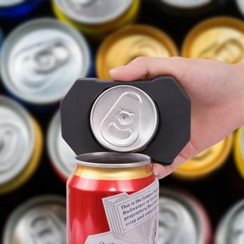 Dụng cụ khui nắp lon bia