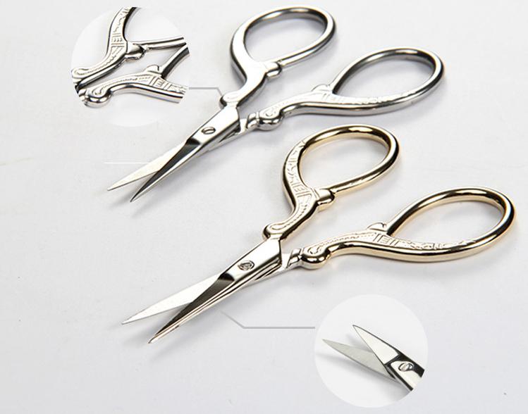 Kéo mini cắt tỉa lông mày màu bạc 9.5x4.8cm