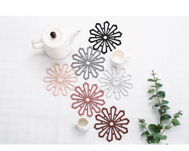 Miếng lót nồi silicone hình hoa sáng tạo