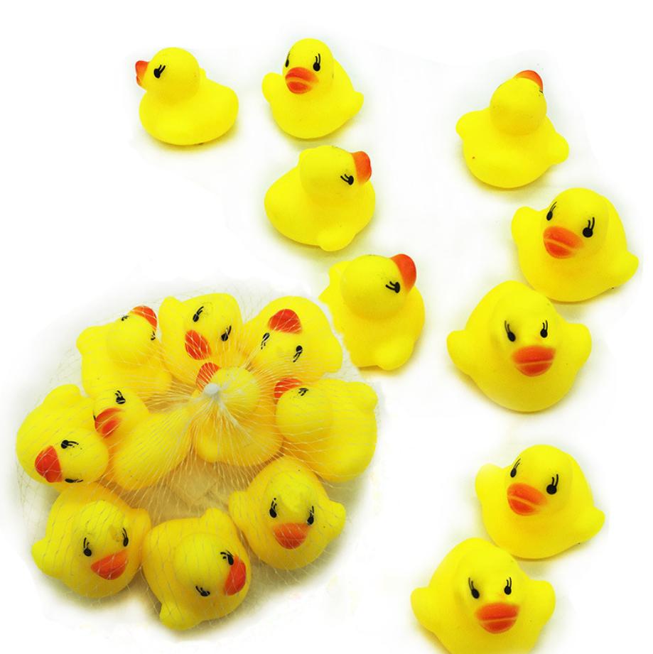 chú vịt vàng đồ chơi cho bé trong nước
