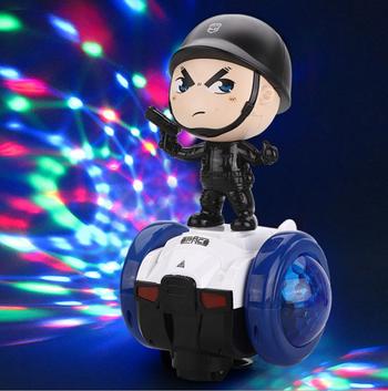 Xe đồ chơi cân bằng robot cảnh sát xoay 360 độ có đèn, nhạc cho bé